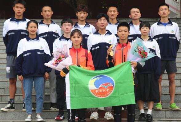 益阳桃江六中学子亚洲青少年定向锦标赛载誉归来